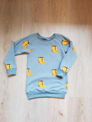 sweater dress regen laarsjes