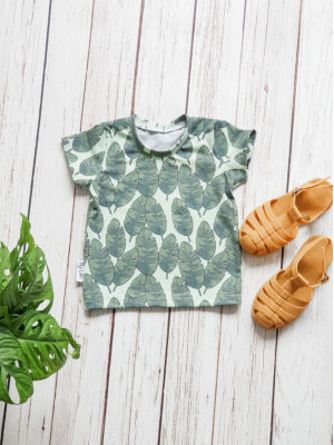 t-shirt banana leave